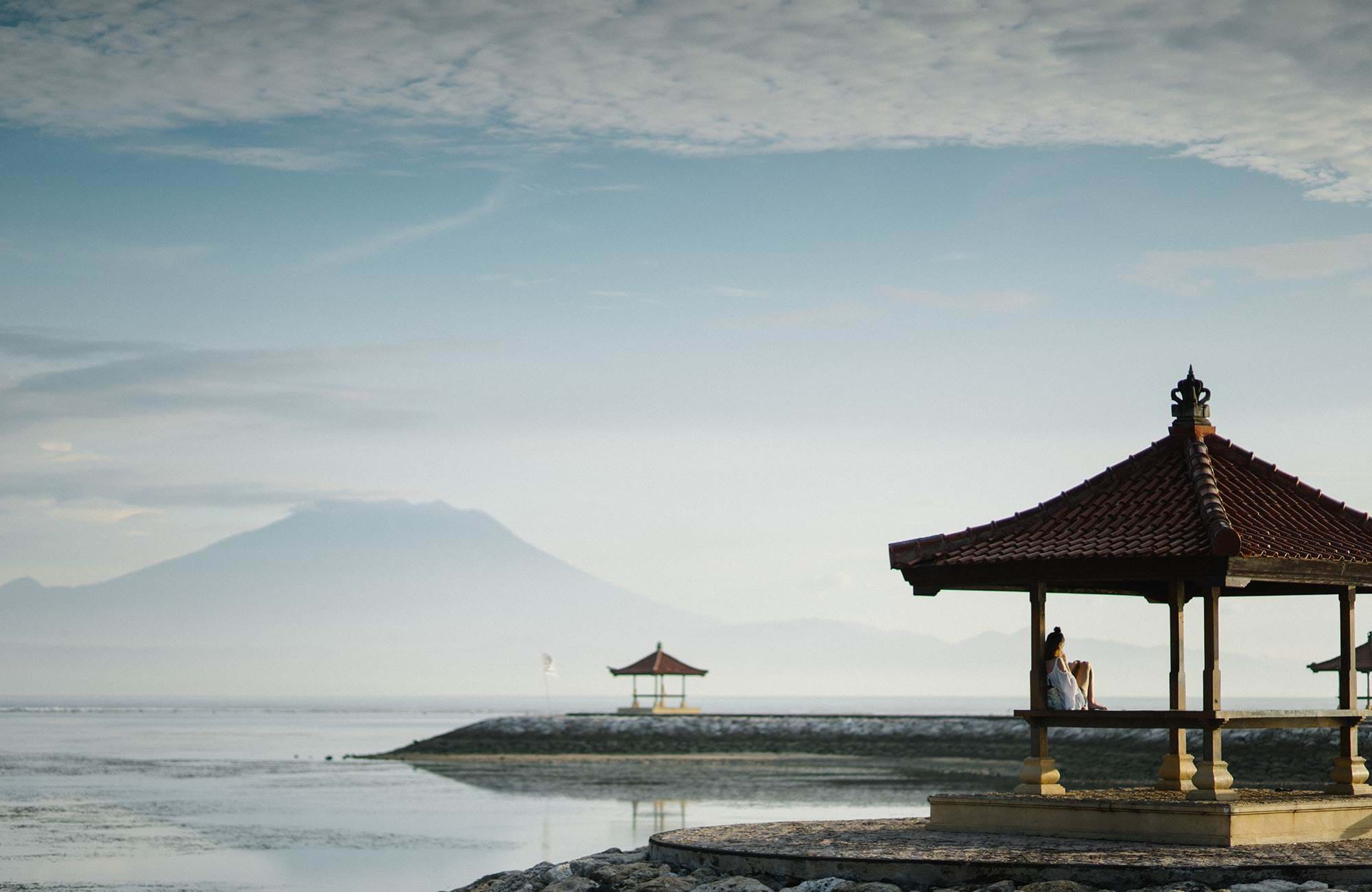 bali-indonesia-waterside-cover