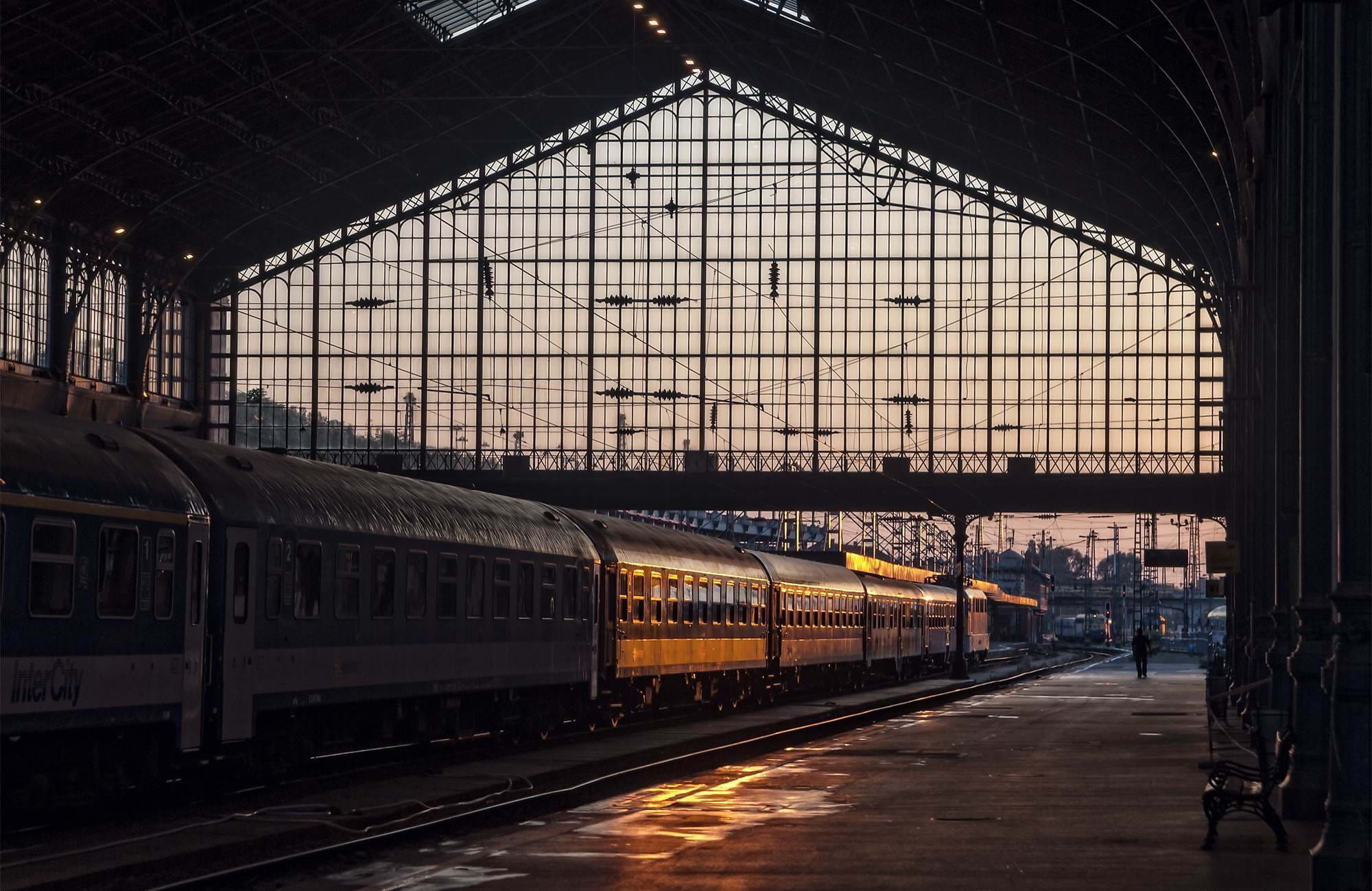 europe-train-station-budapest-hungary-cover