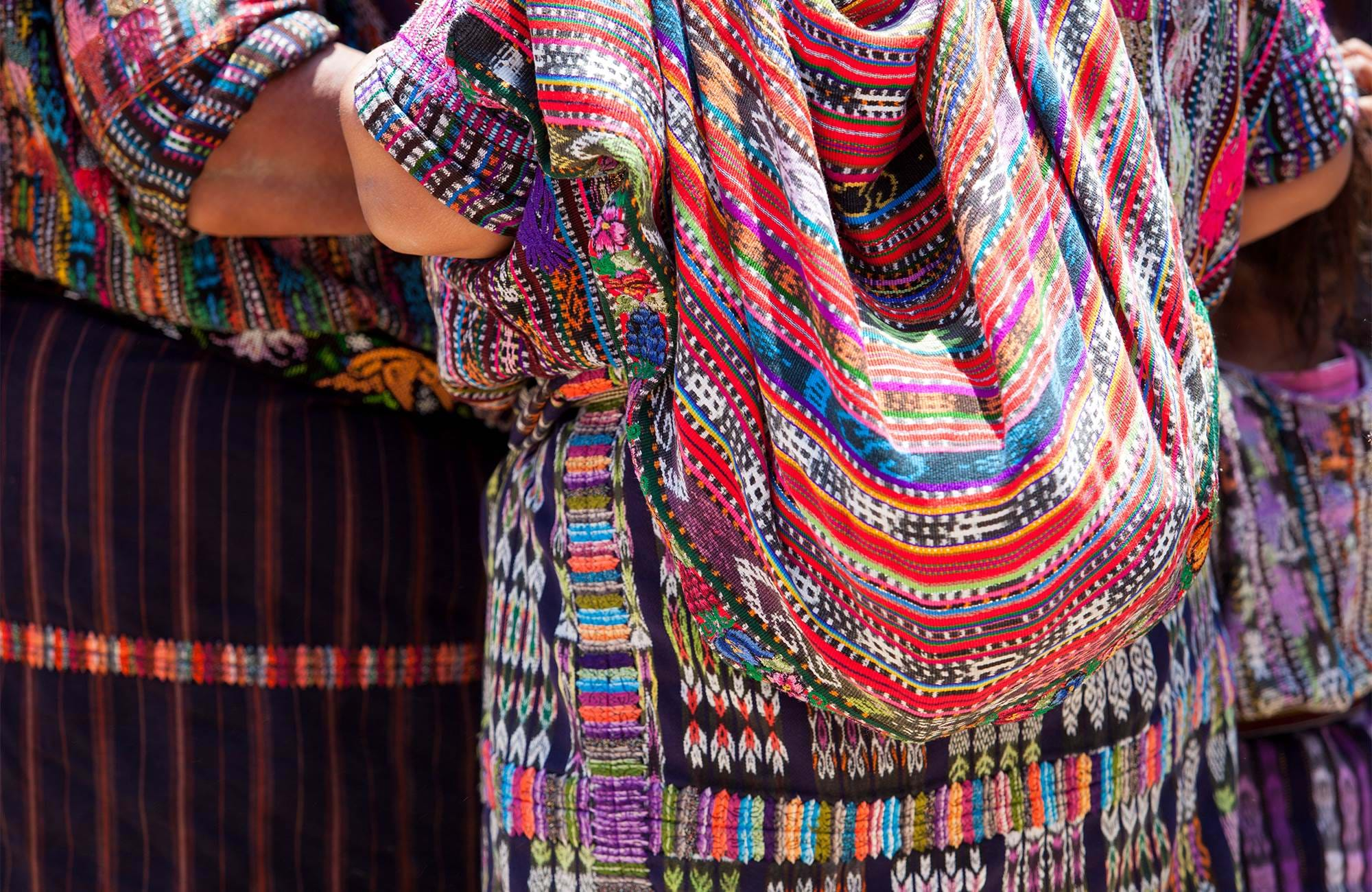 guatemala-women-traditional-clothing-cover