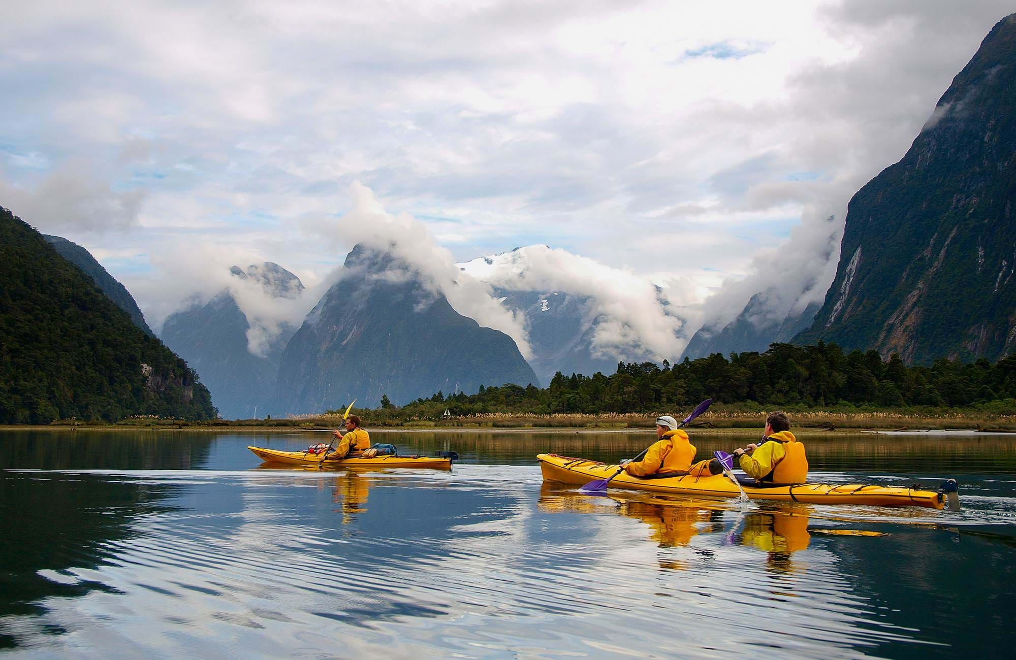 new-zealand-milford-sound-sea-kayak-cover