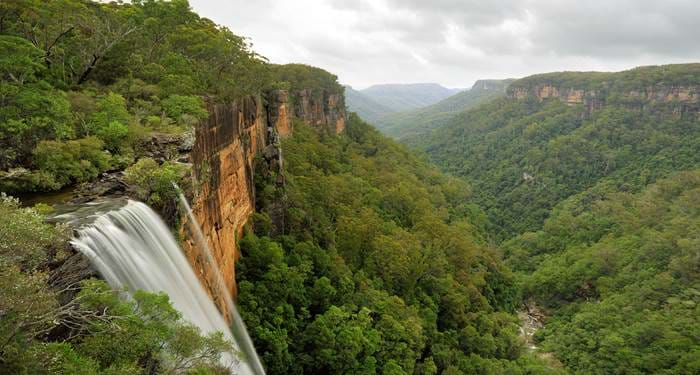 australia-new-south-wales-morton-national-park-fitzroy-falls-cover