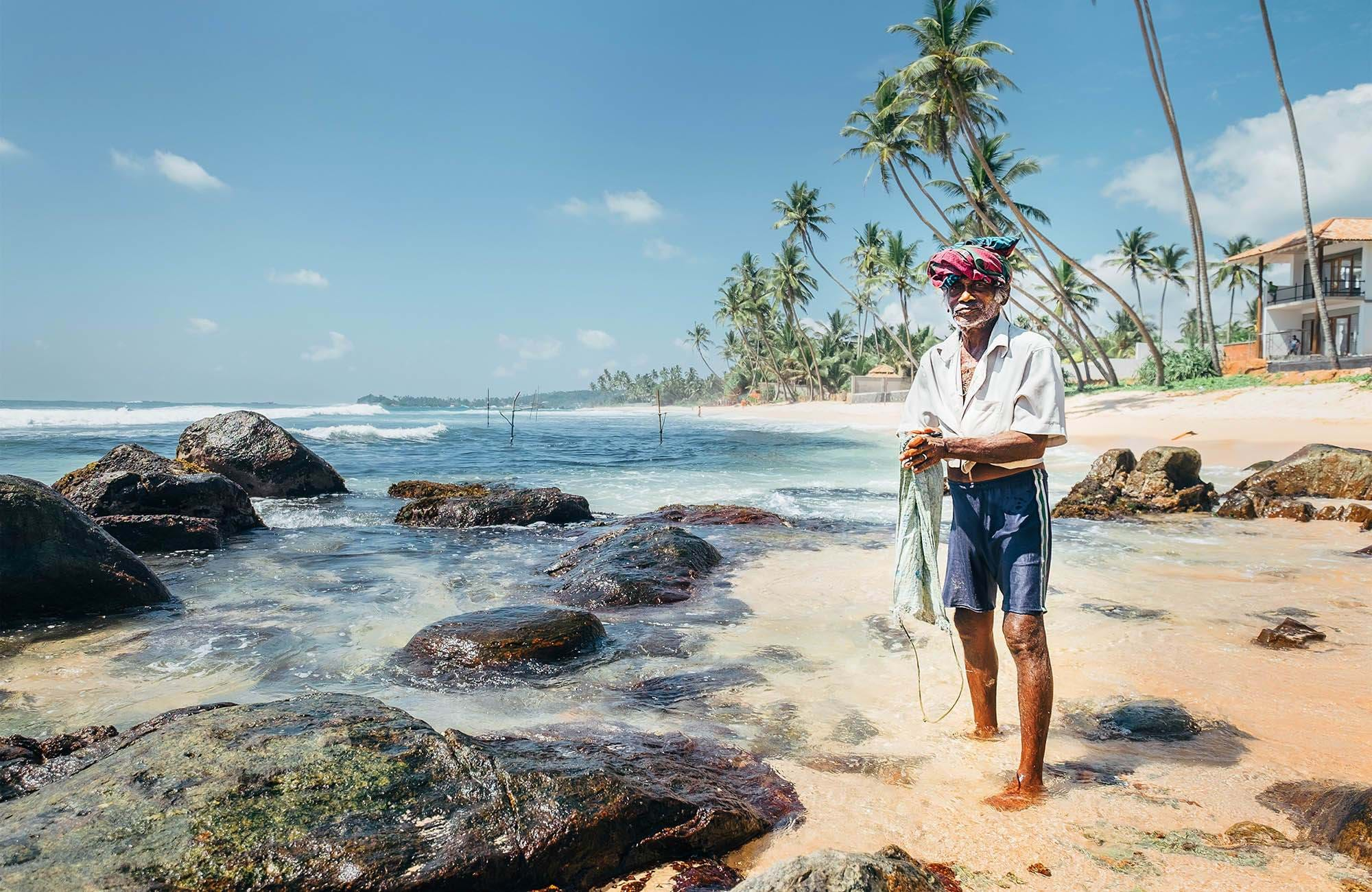 sri-lanka-fisher-man-on-beach