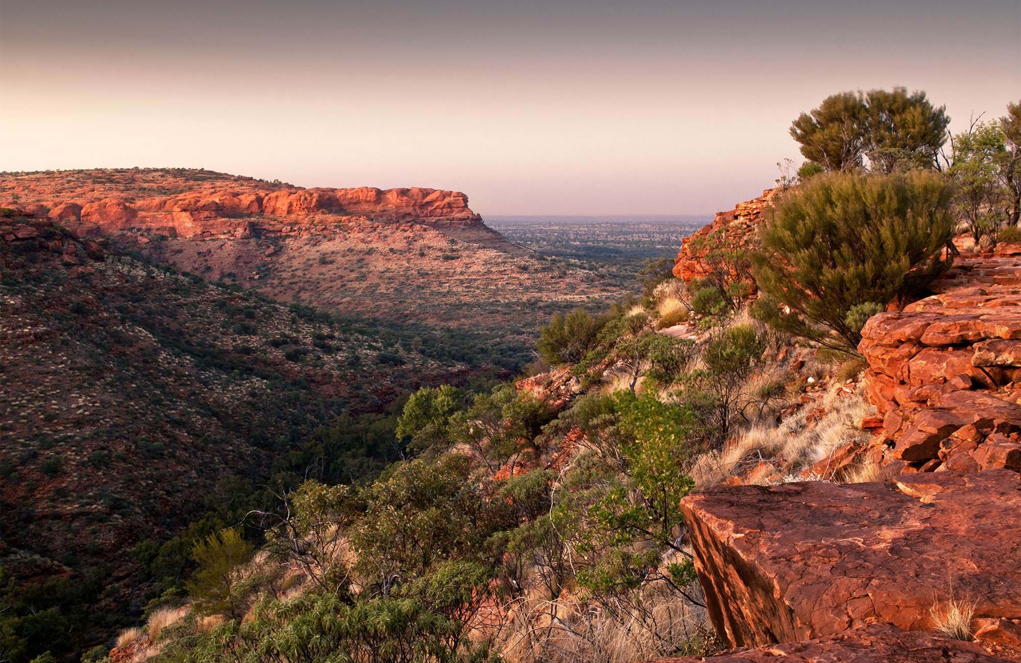 australia-kings-canyon-cover